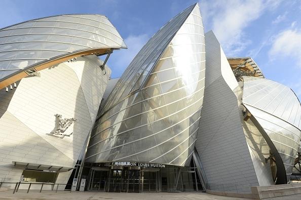 frank-gehry-unveils-louis-vuitton-foundation-in-paris